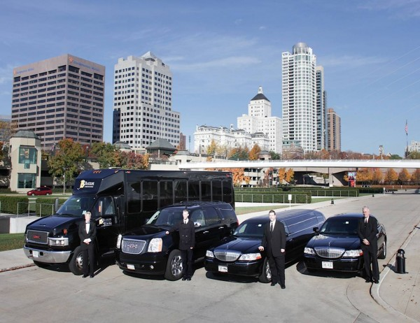 Professionally Chauffeured Limousine Transportation for Group Events
